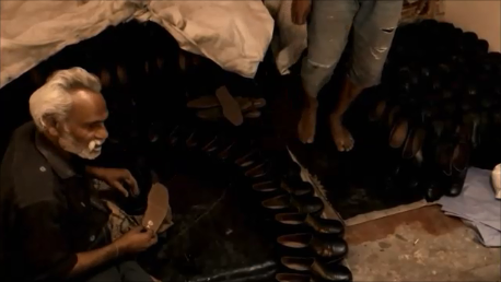 Watch: Unpredictable and insecure: shoe workers in Agra, India